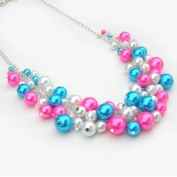 Farebný perlový náhrdelník