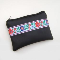 Čierna peňaženka Folklór